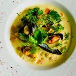濃厚な旨味!ムール貝と野菜のクリームスープ【クラシックな作り方】